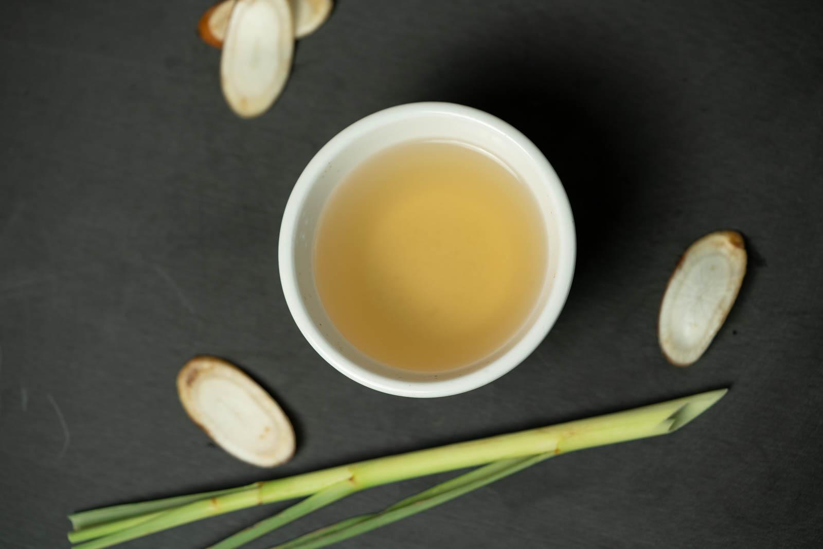 burdock (gobo) tea with lemongrass