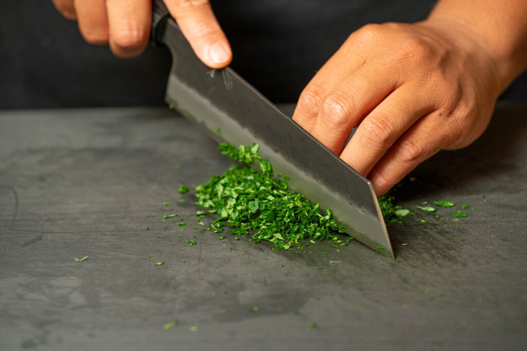 Chop moringa leaves finely