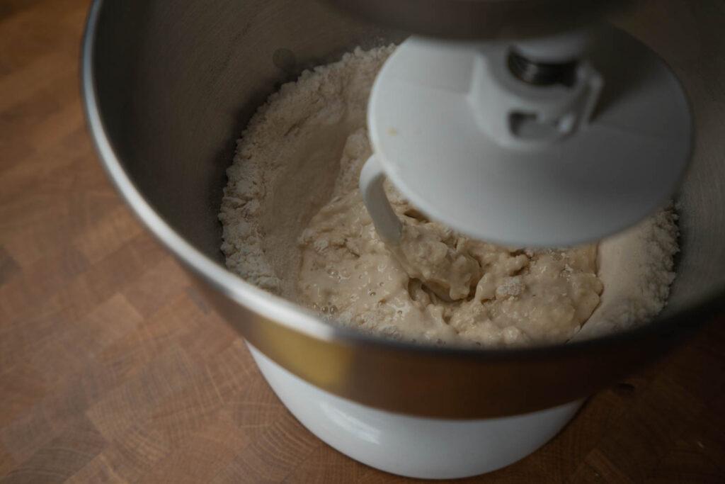 Kitchen Princess Bamboo: Yudane - Mixing dough
