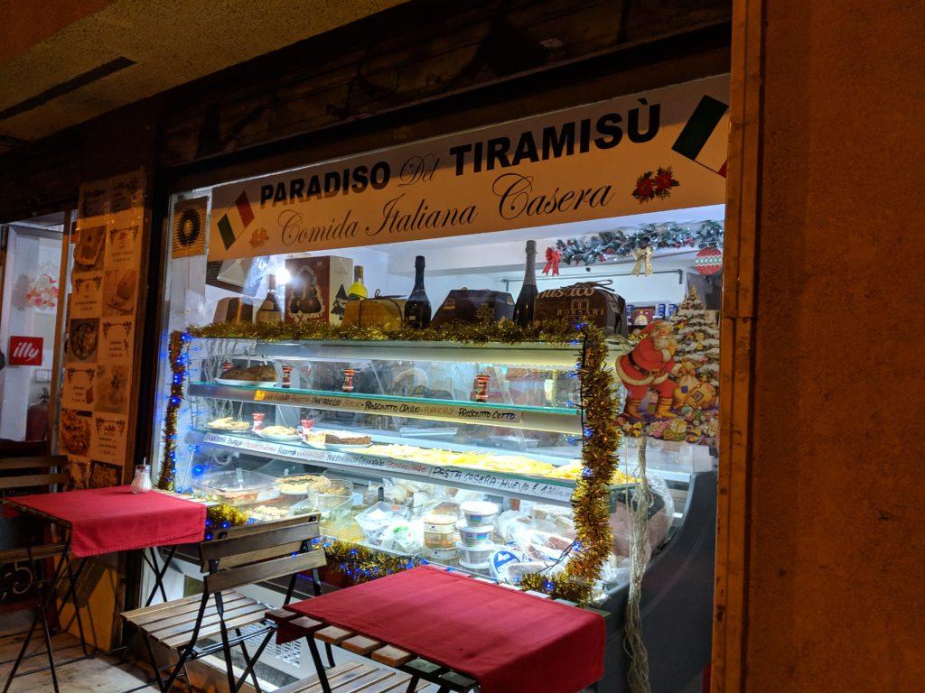 Paradiso del Tiramisù storefront