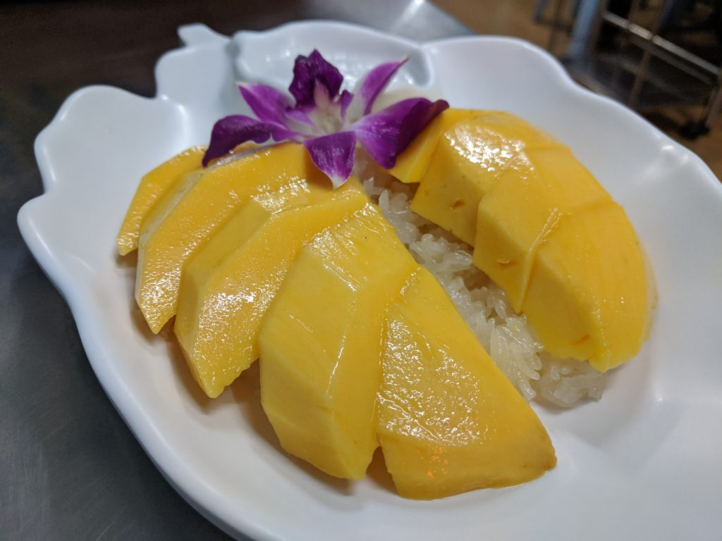 Mango sticky rice, Lek Seafood, Bangkok, Thailand
